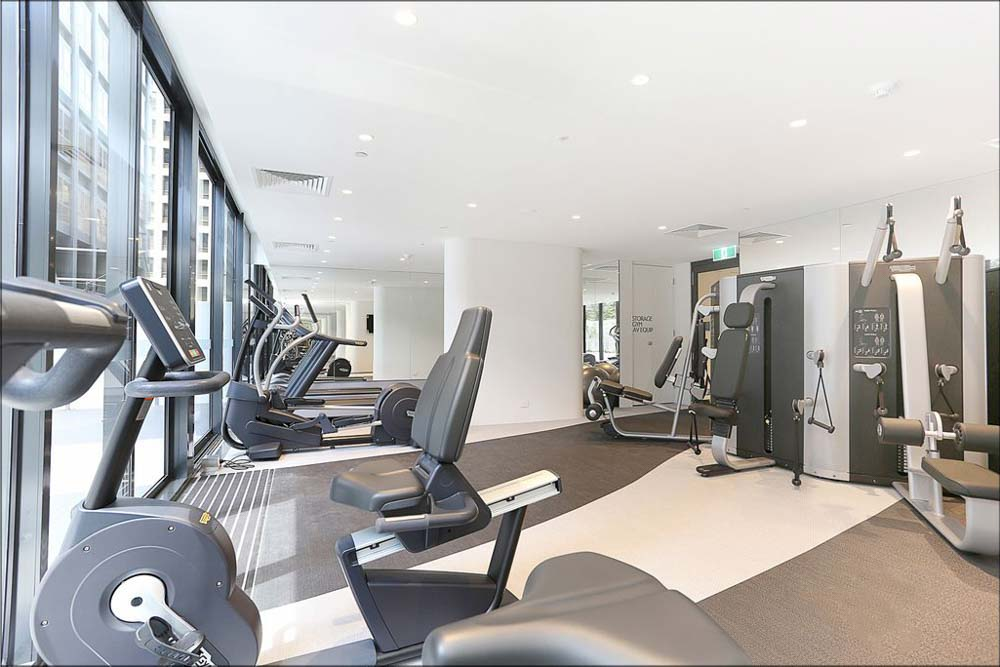 601-12-Queens-Road-Melbourne-Student-Accommodation-Melbourne-Gym-Unilodgers