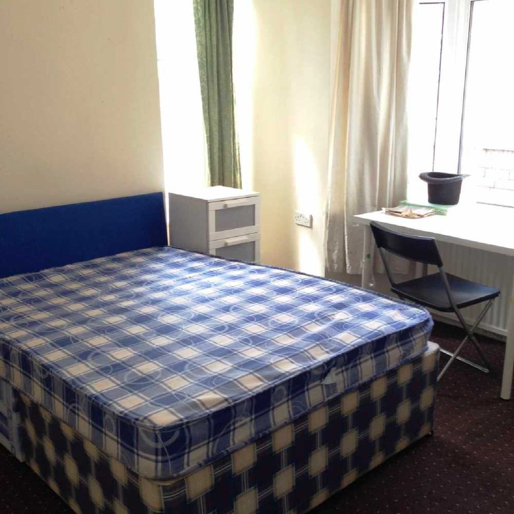 23-Bute-Avenue-Nottingham-Bedroom-Unilodgers