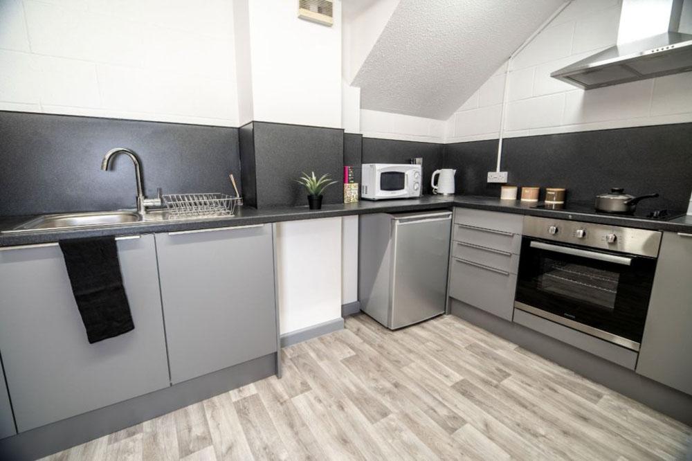 Phoenix-Court-Sheffield-Kitchen-3-Unilodgers