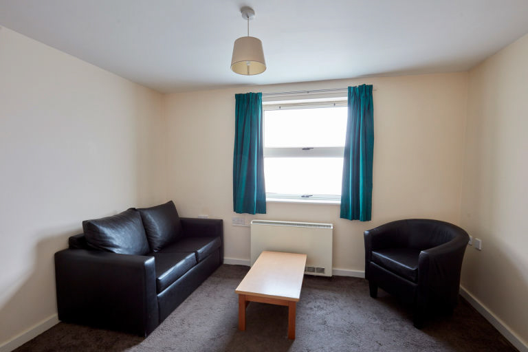 Bedford-Street-South-Liverpool-Living-Area-Unilodgers