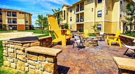 The-Domain-At-Town-Center-Morgantown-WV-Fire-Pit-Unilodgers
