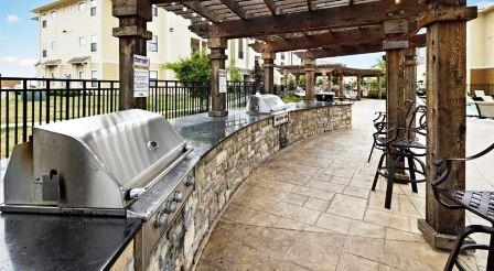 The-Domain-At-Town-Center-Morgantown-WV-Outdoor-Grills-Unilodgers