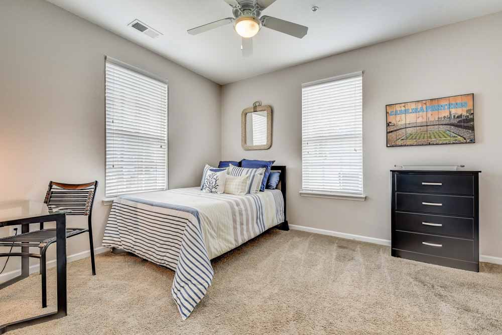 Lighthouse-Student-Living-Wilmington-NC-Bedroom-Unilodgers