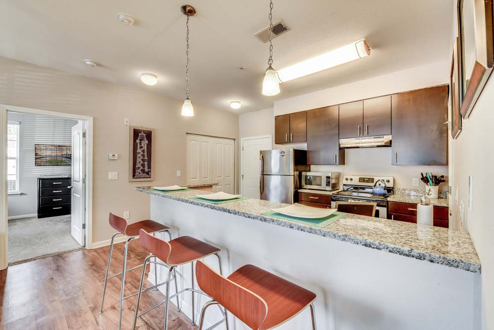 Lighthouse-Student-Living-Wilmington-NC-Kitchen-Unilodgers
