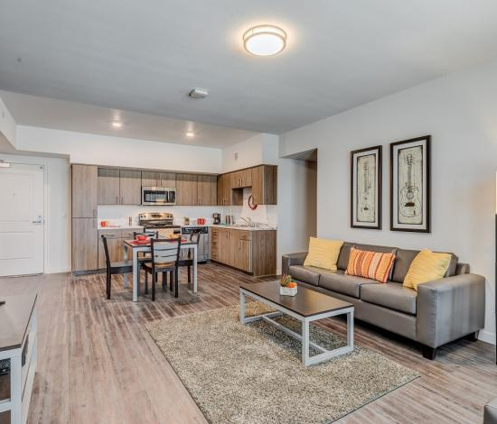 The-Vista-At-Turlock-CA-Living-Room-Unilodgers