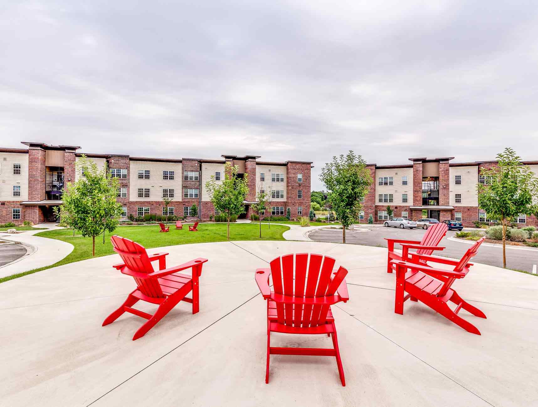 Grove-At-Fort-Collins-CO-Exterior-Unilodgers