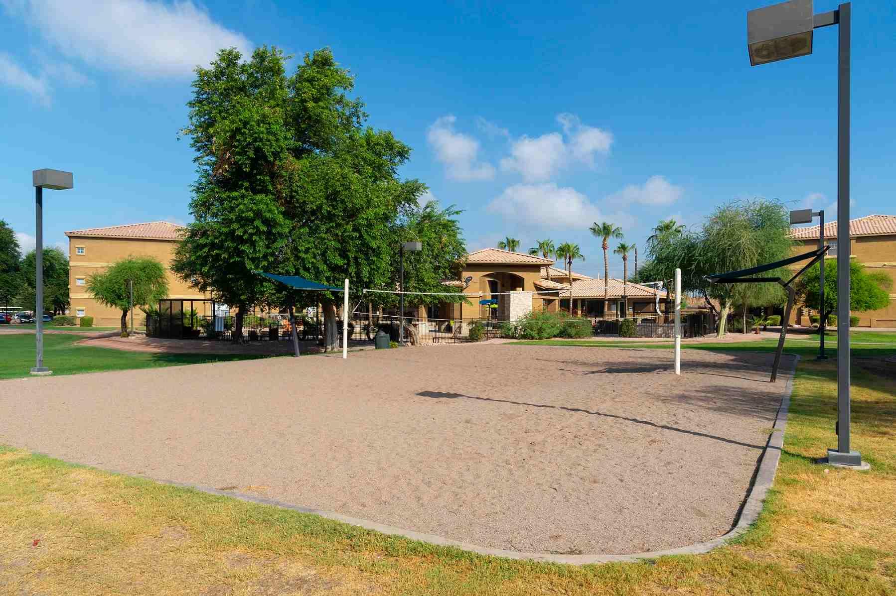 Gateway-At-Tempe-AZ-Volleyball-Court-Unilodgers
