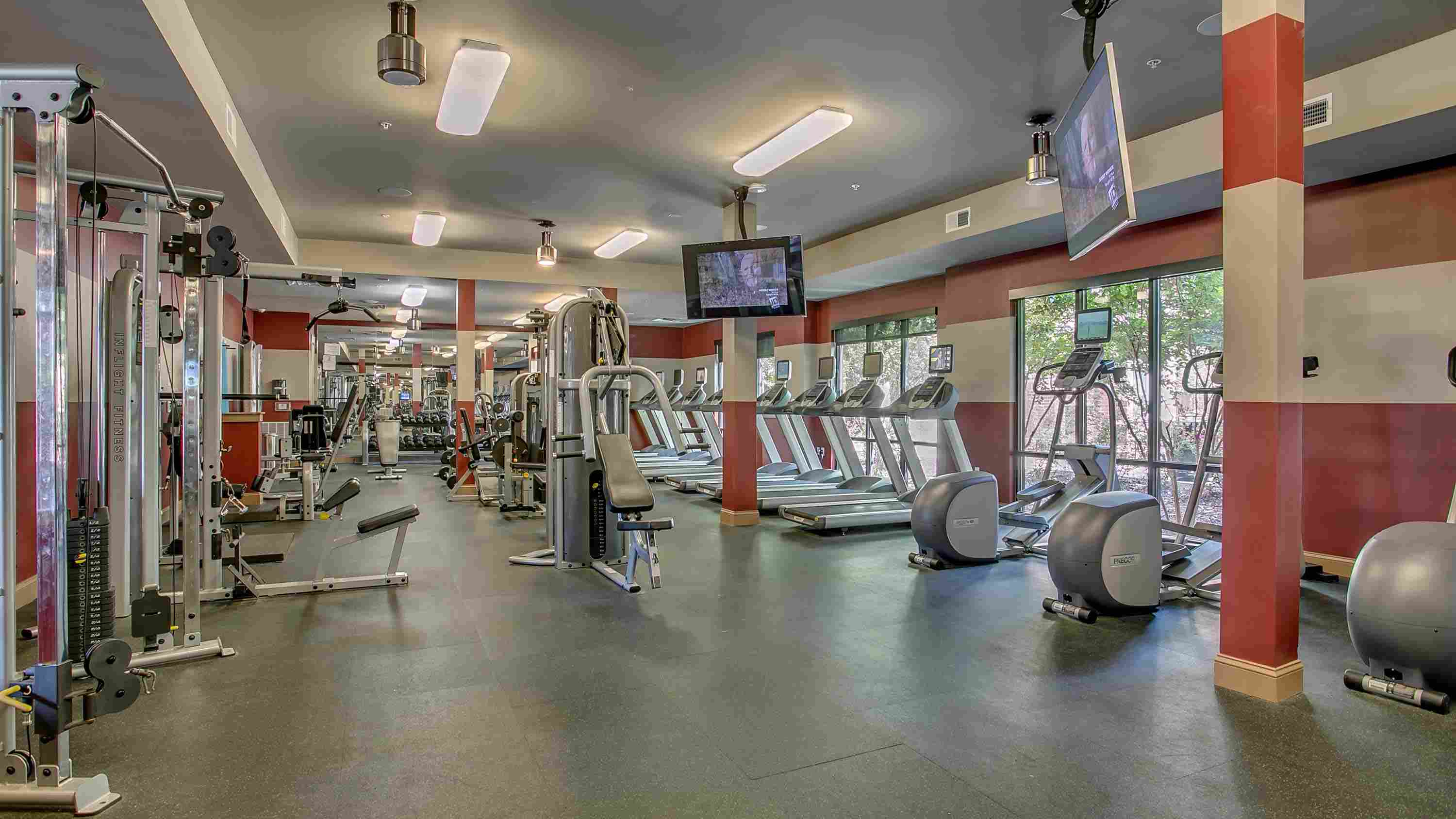 The-Lofts-At-City-Center-Tuscaloosa-AL-Workout-Room-2-Unilodgers