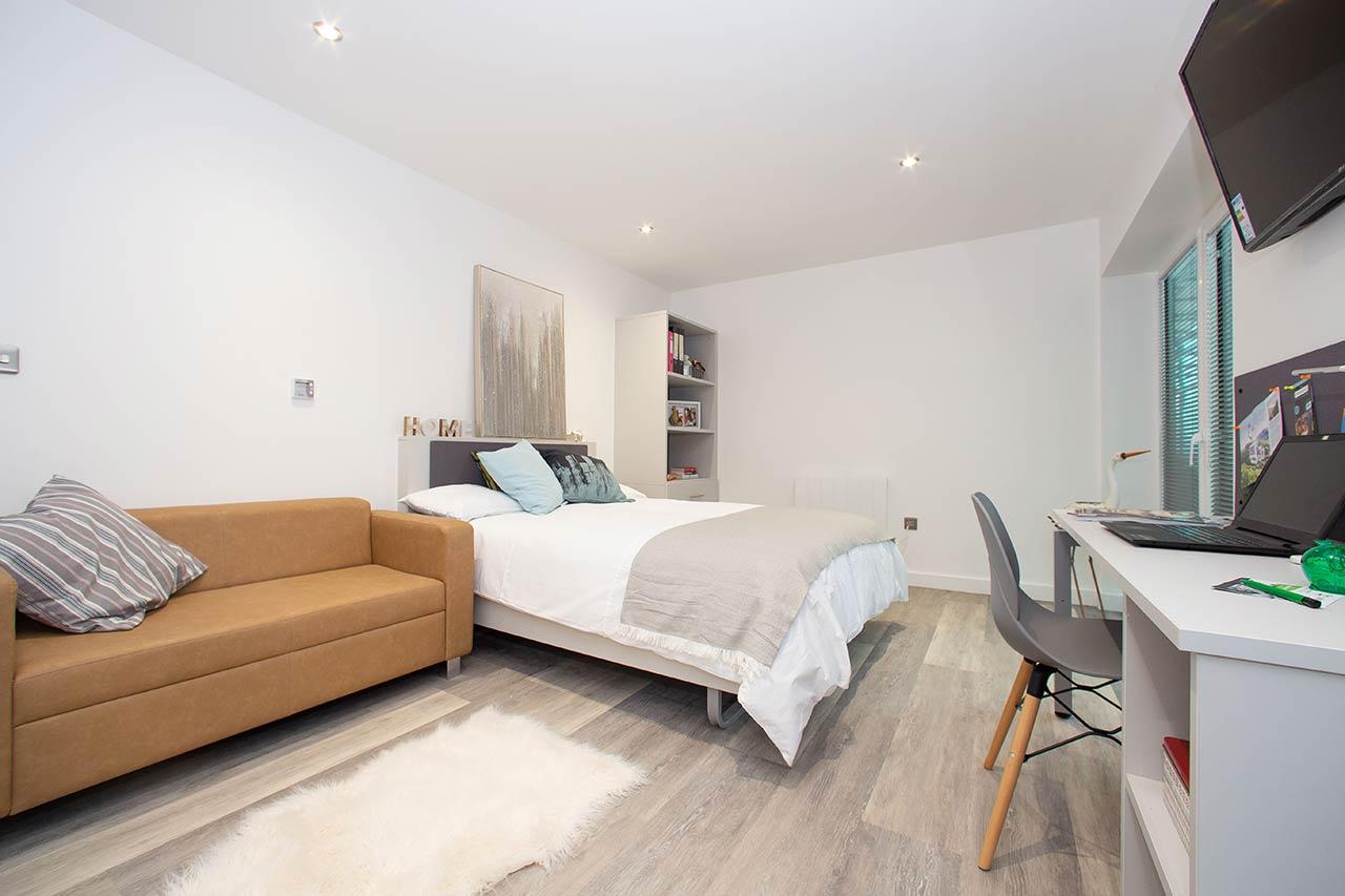 The-Laceworks-Nottingham-Bedroom-Unilodgers