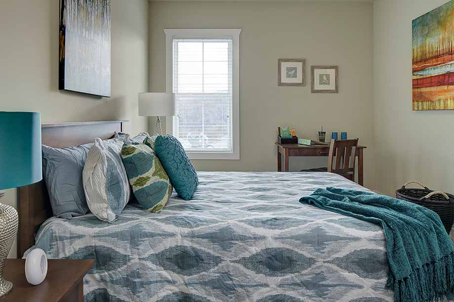 The-Cottages-Of-Boone-NC-Bedroom-Unilodgers