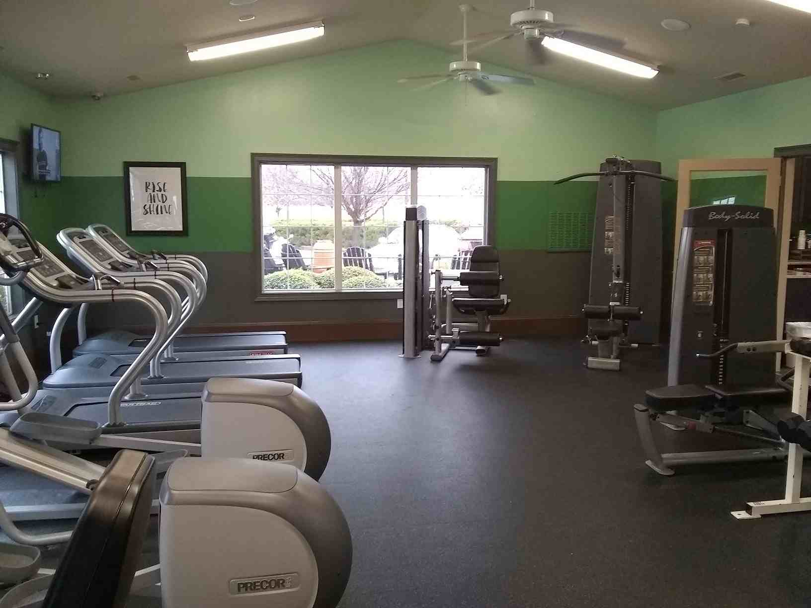 The-Spectrum-Fayetteville-AR-Gym-2-Unilodgers