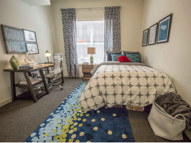 Gather-Dickson-Fayetteville-Bedroom-1-Unilodgers