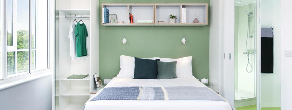 Scape-Mile-End-Canalside-London-Bedroom-Unilodgers