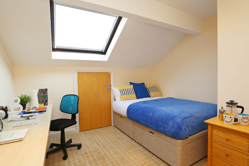 Alexandra-House-High-Wycombe-Bedroom-5-Unilodgers