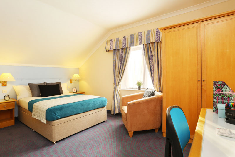 Alexandra-House-High-Wycombe-Bedroom-Unilodgers