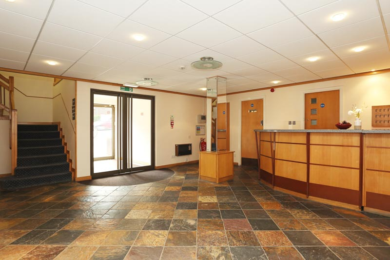Alexandra-House-High-Wycombe-Reception-Unilodgers