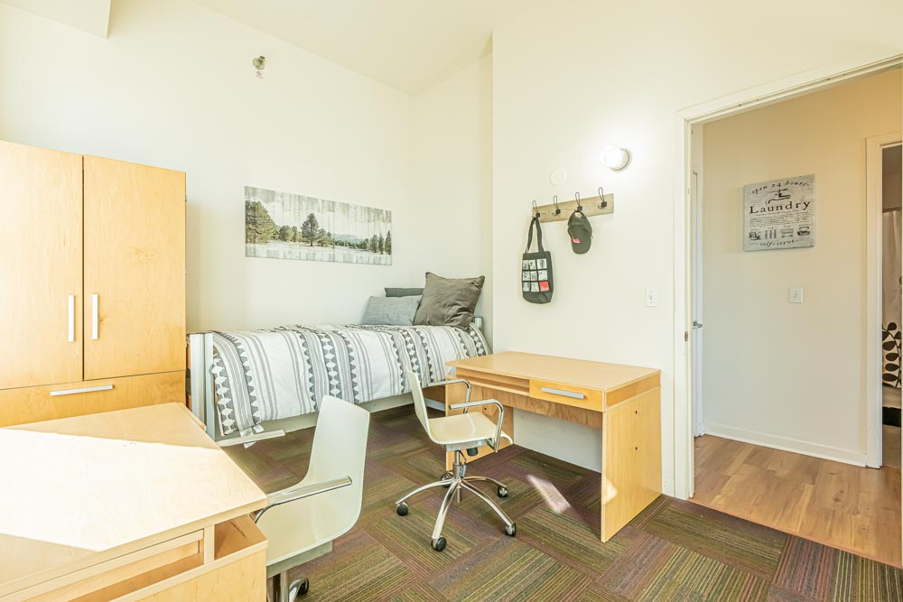 The-Bunkingham-Chicago-Apartments-Chicago-IL-Bedroom-Unilodgers