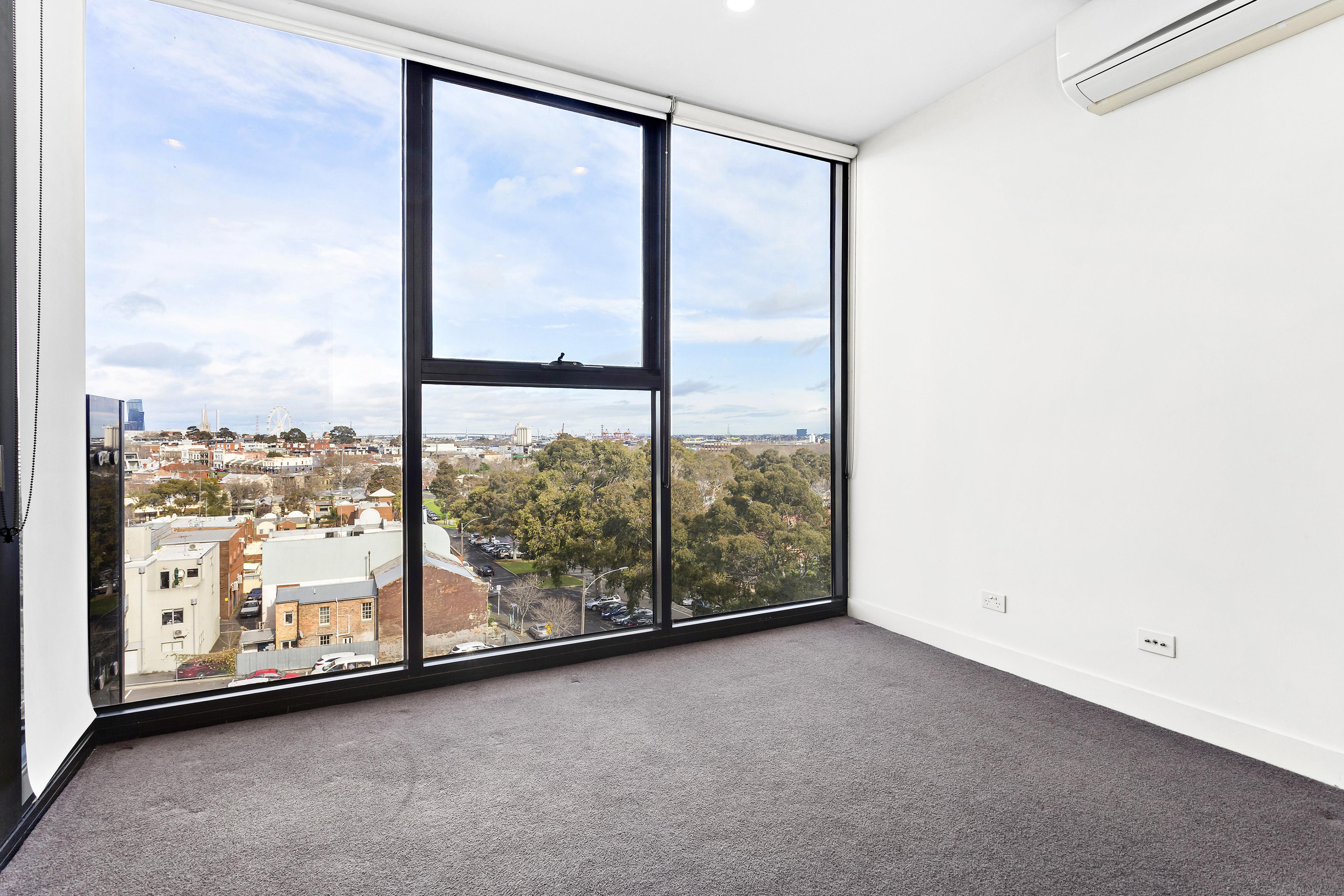 108-97-flemington-road-north-melbourne-student-accommodation-Melbourne-Bedroom-Unilodgers