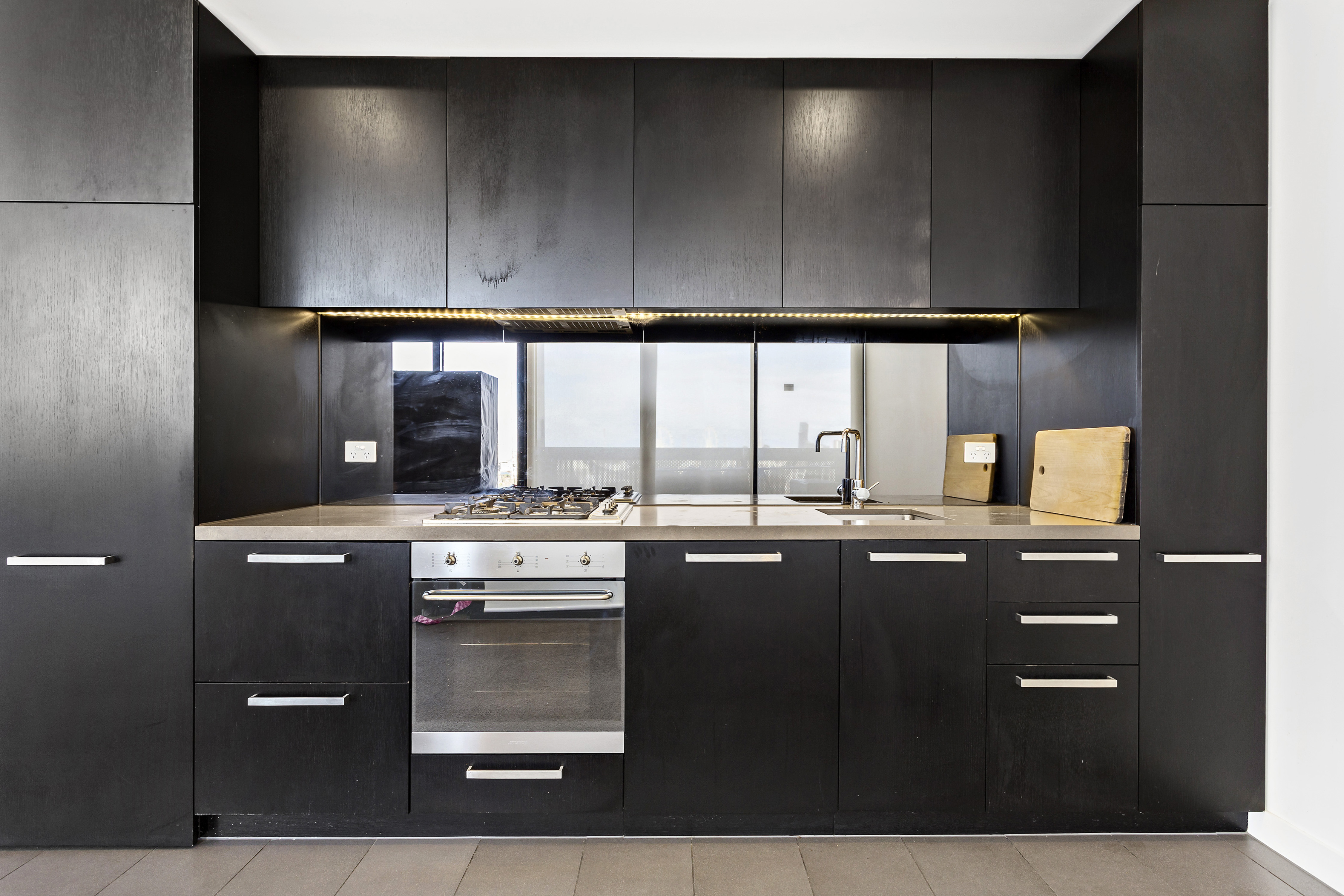 108-97-flemington-road-north-melbourne-student-accommodation-Melbourne-Kitchen-Unilodgers