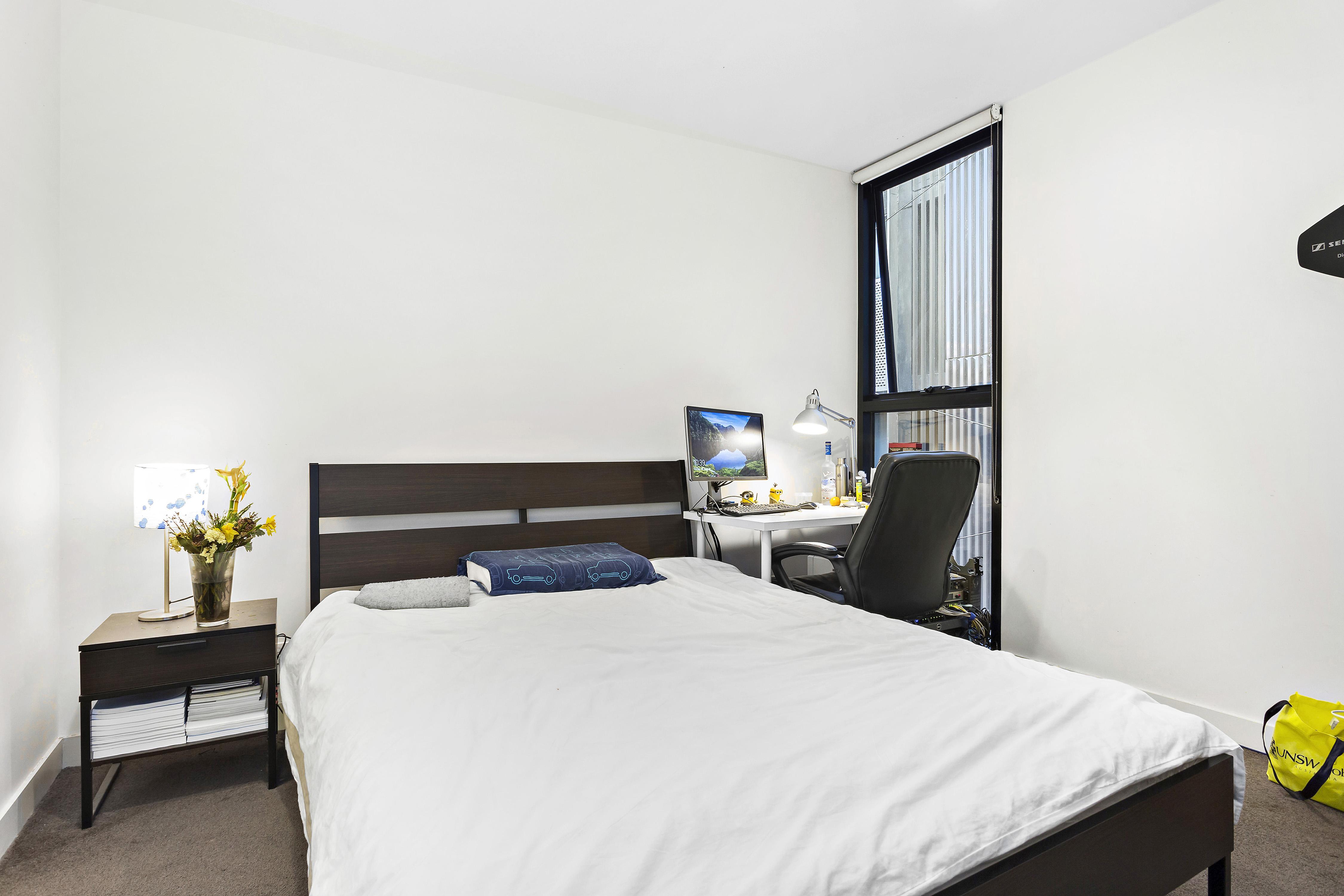 108-97-flemington-road-north-melbourne-student-accommodation-Melbourne-Bedroom-2-Unilodgers