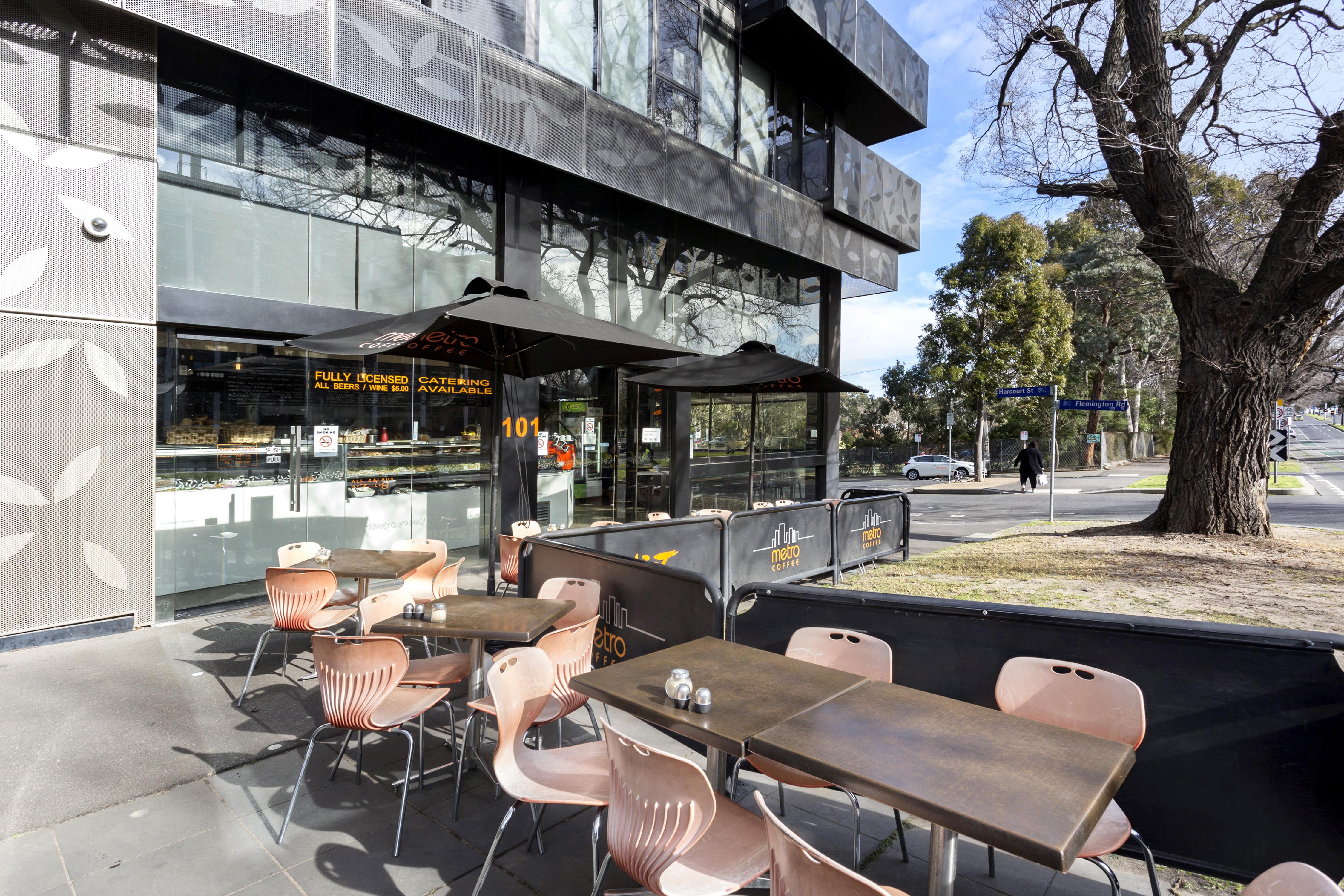 108-97-flemington-road-north-melbourne-student-accommodation-Melbourne-Outdoor-Area-Unilodgers
