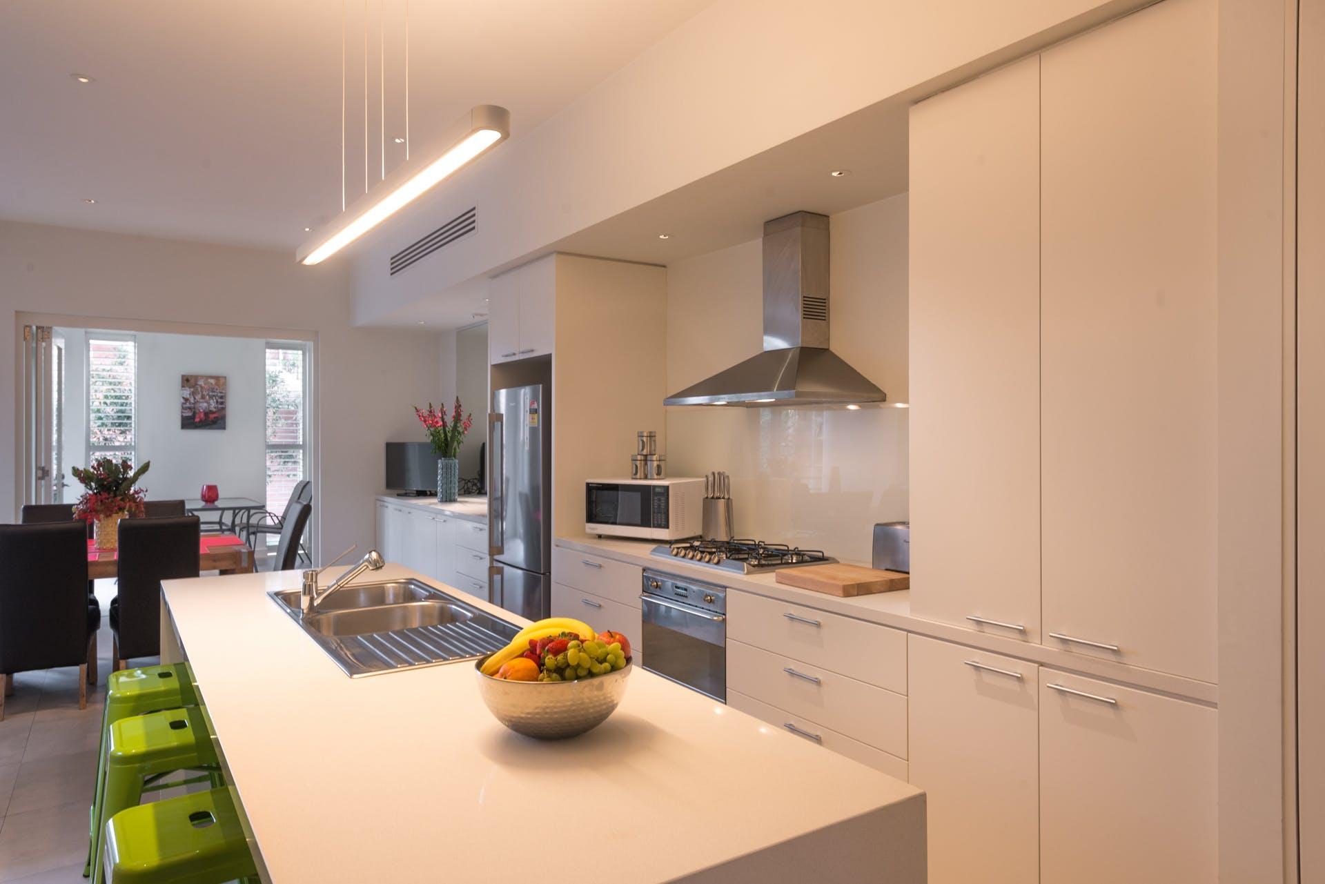 601-king-street-west-melbourne-student-accommodation-Melbourne-Kitchen-Unilodgers