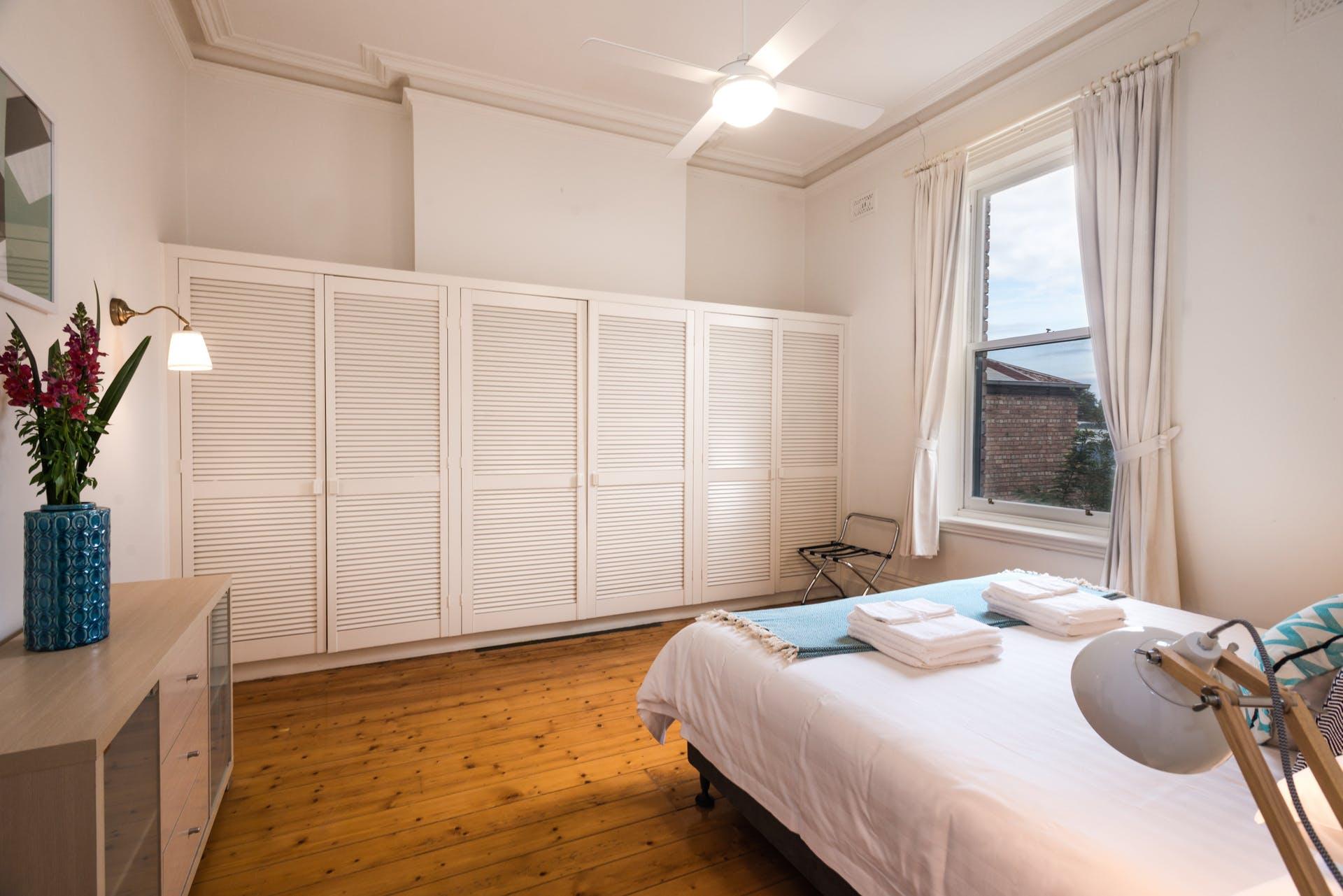 601-king-street-west-melbourne-student-accommodation-Melbourne-Bedroom-1-Unilodgers