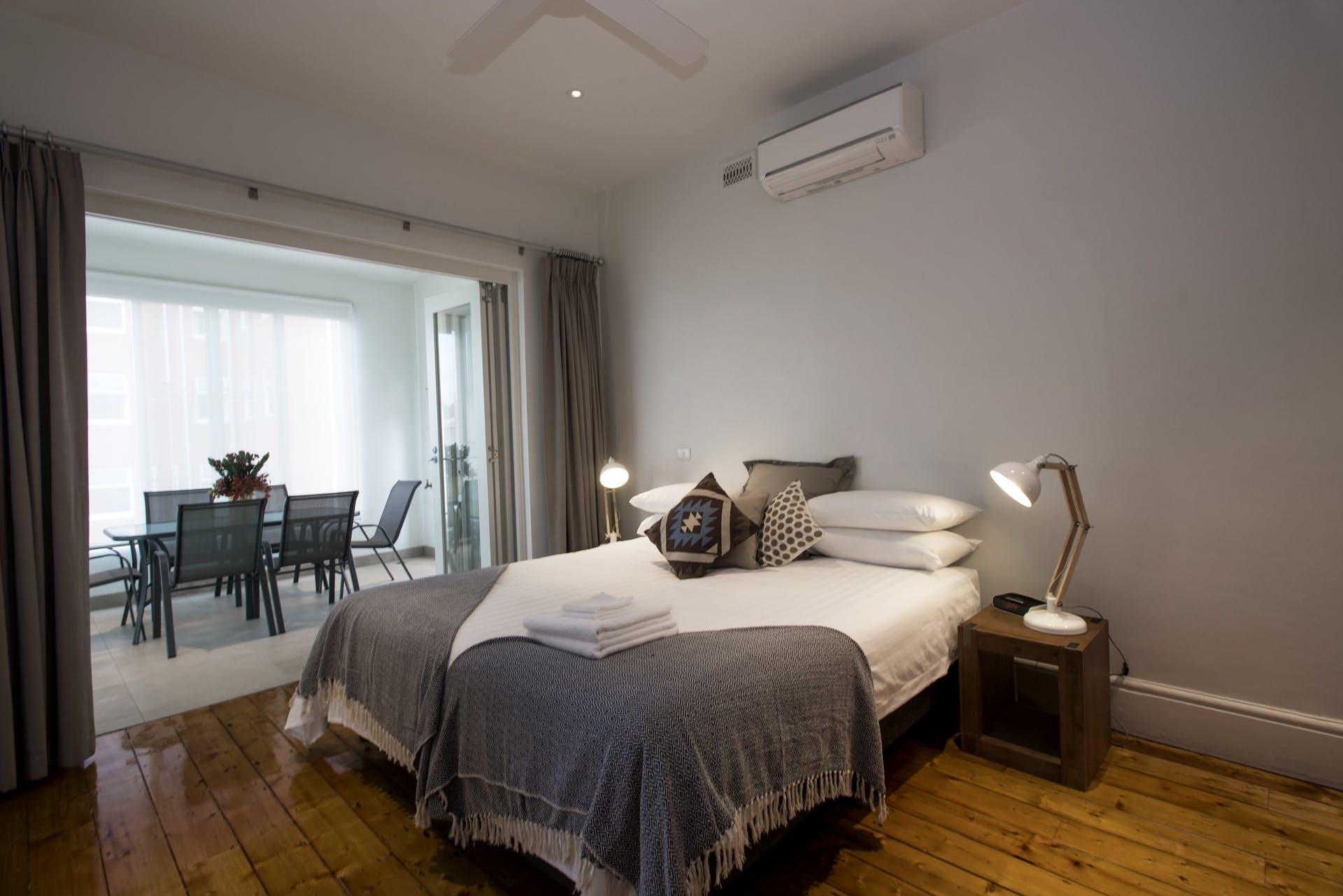 601-king-street-west-melbourne-student-accommodation-Melbourne-Bedroom-2-Unilodgers