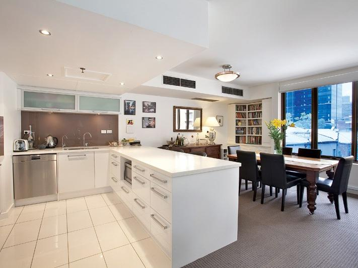 19-50-bourke-street-melbourne-student-accommodation-Melbourne-Kitchen-Unilodgers