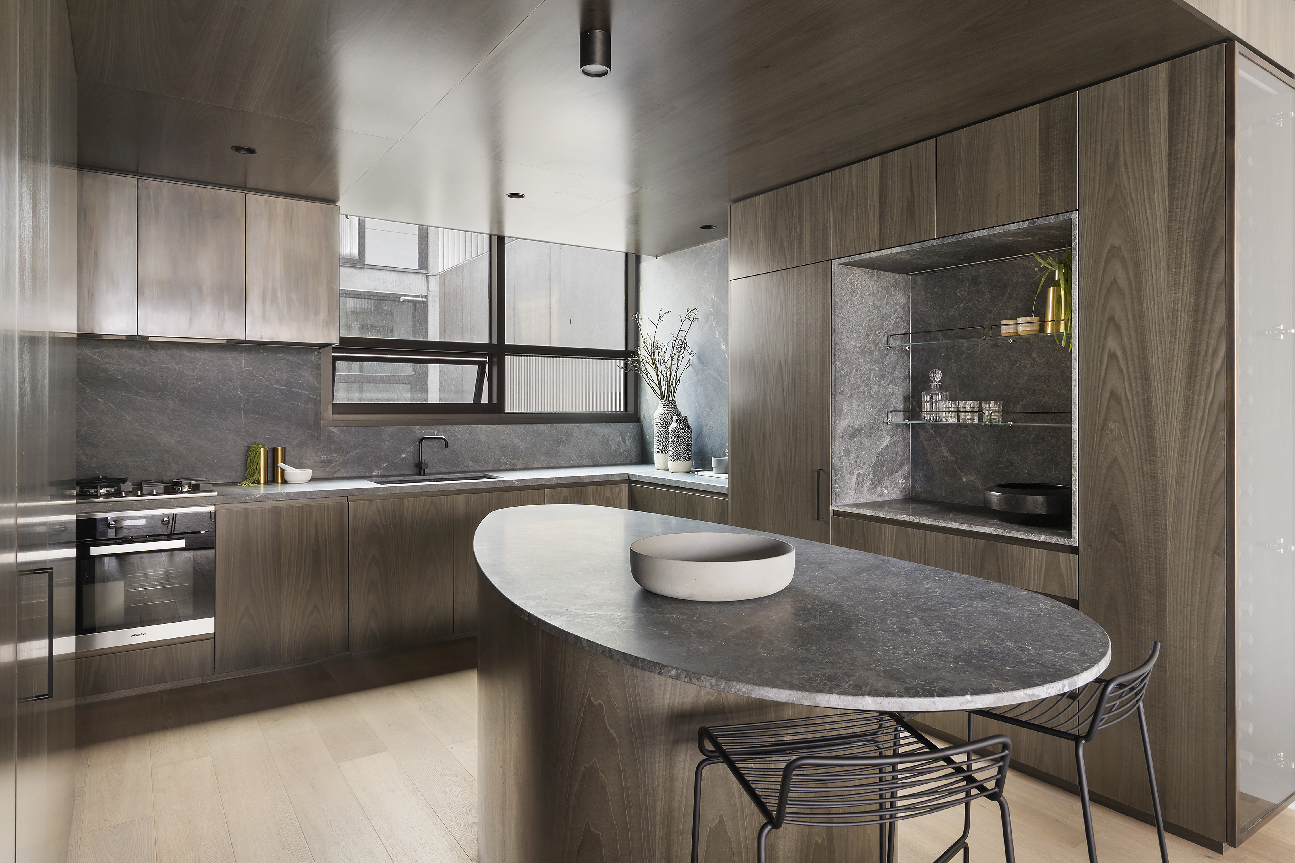 405-9-johnston-street-port-melbourne-student-accommodation-Melbourne-Kitchen-With-Dining-Area-Unilodgers