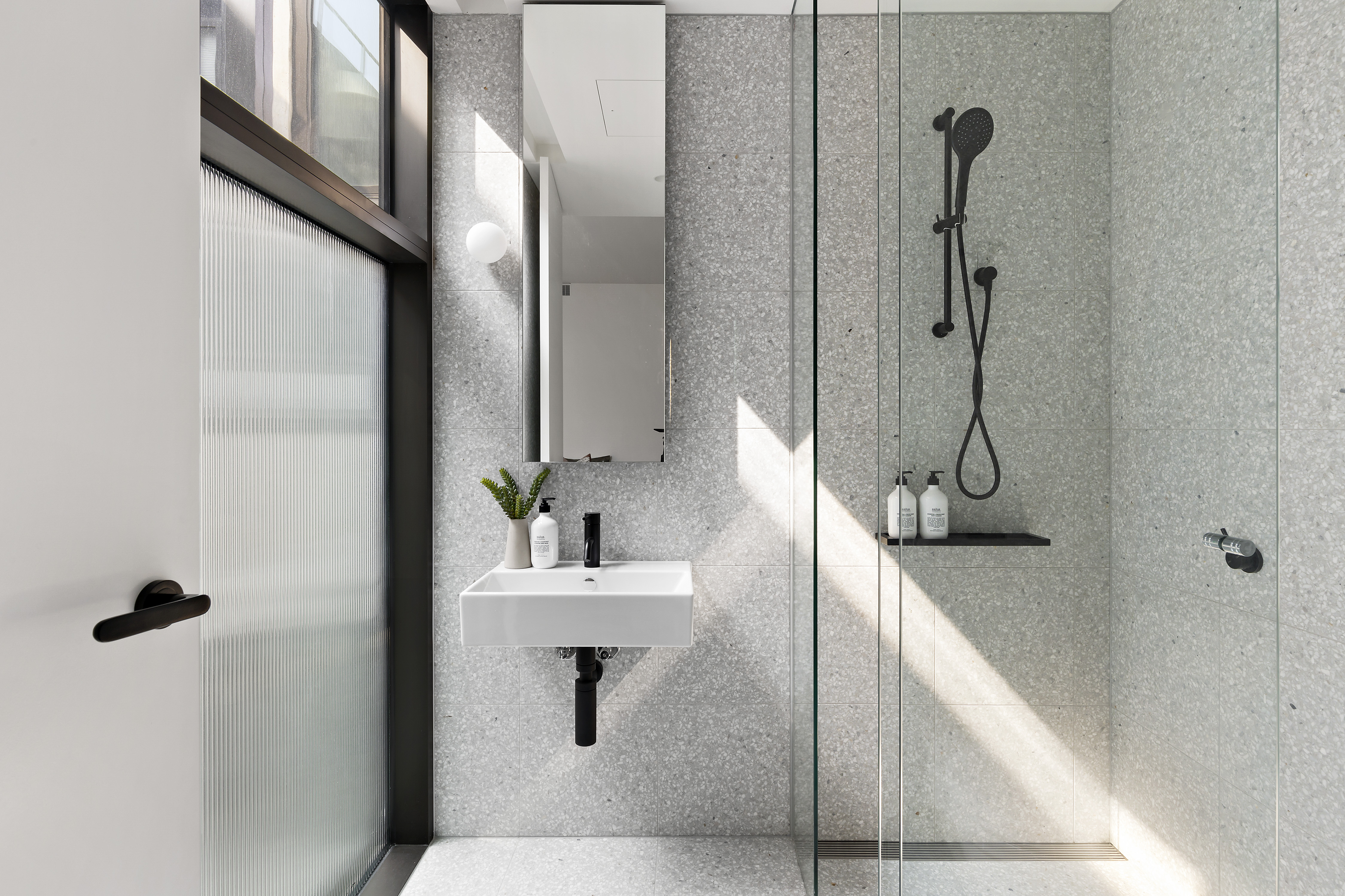 405-9-johnston-street-port-melbourne-student-accommodation-Melbourne-Bathroom-2-Unilodgers
