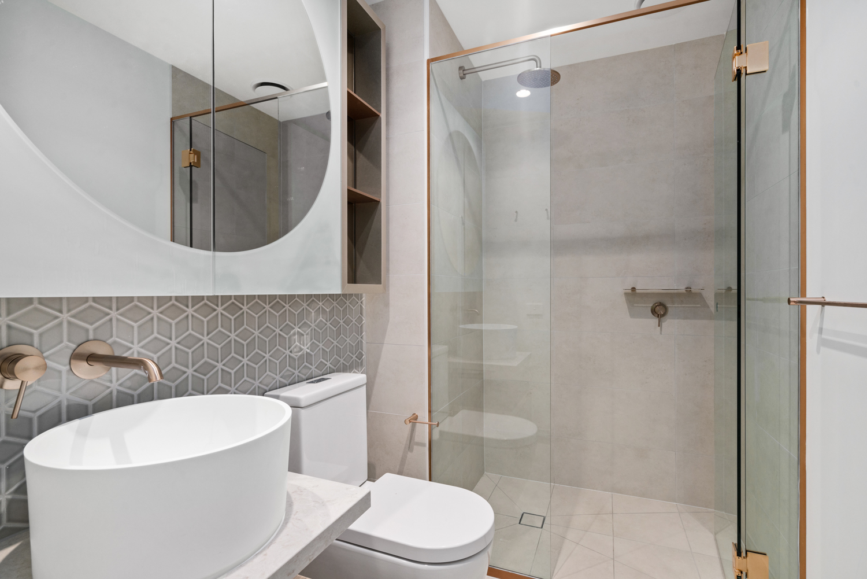 401b-320-plummer-street-port-melbourne-student-accommodation-Melbourne-Bathroom-Unilodgers