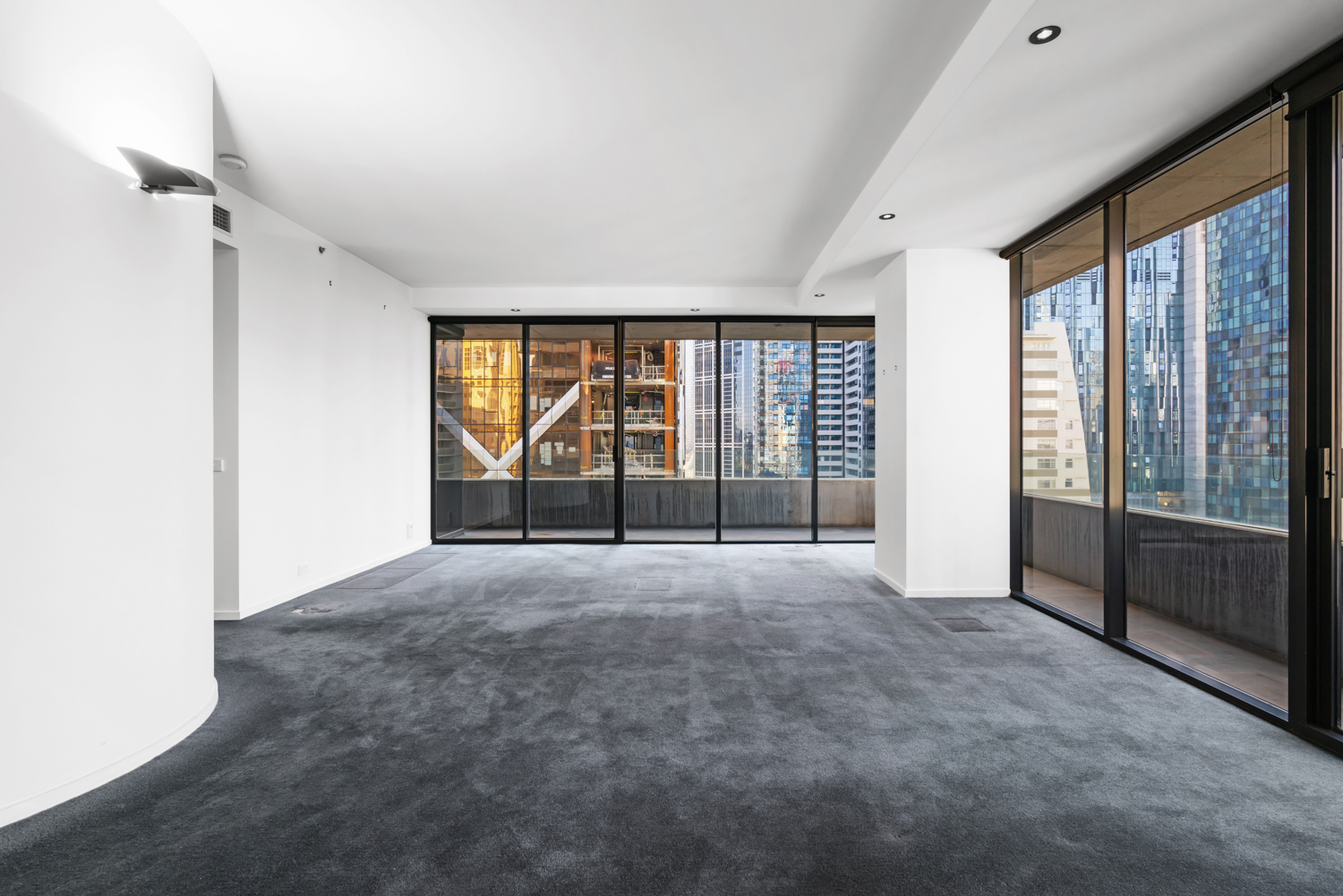152-299-queen-street-melbourne-student-accommodation-Melbourne-Unilodgers