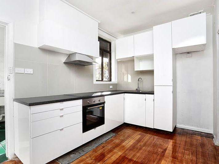 13-batman-road-port-melbourne-student-accommodation-Melbourne-Kitchen-Unilodgers