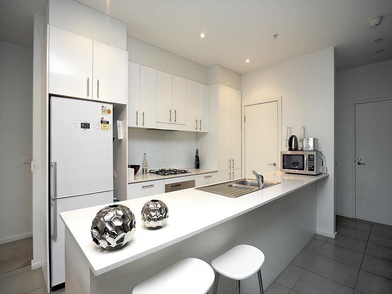17-100-104-union-road-ascot-vale-student-accommodation-Melbourne-Kitchen-Unilodgers
