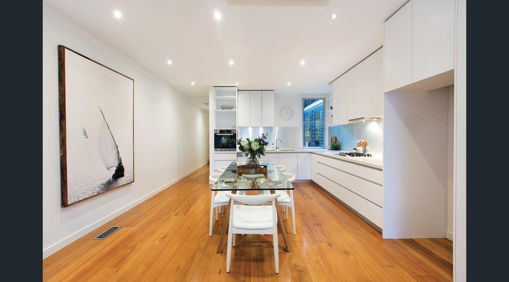 178-farrell-street-port-melbourne-student-accommodation-Melbourne-Kitchen-Area-Unilodgers