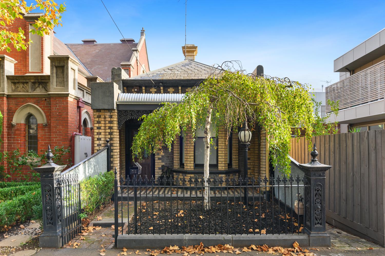 286-richardson-street-middle-park-student-accommodation-Melbourne-Exterior-View-Unilodgers