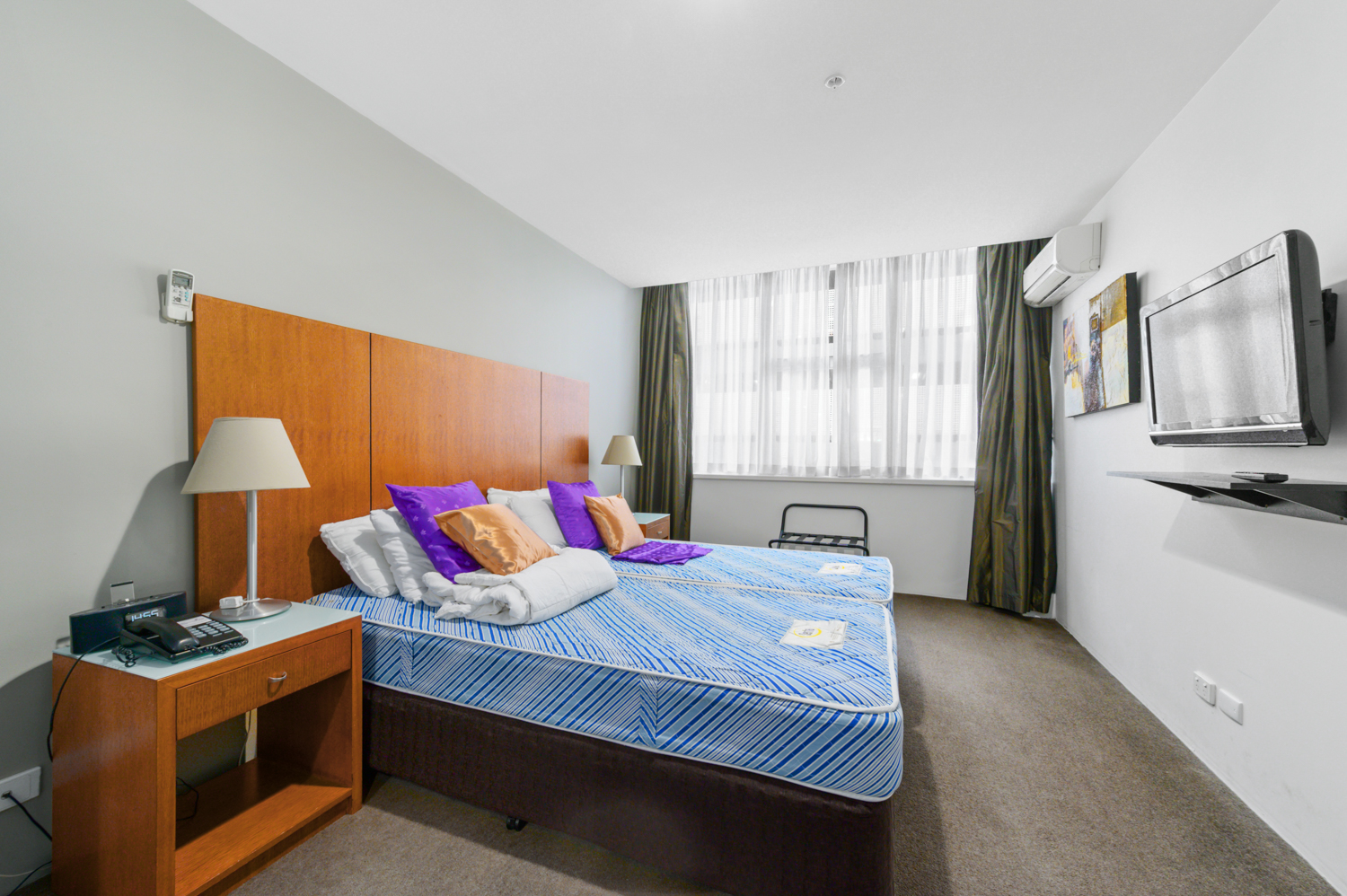 307-604-st-kilda-road-melbourne-student-accommodation-Melbourne-Bedroom-Unilodgers
