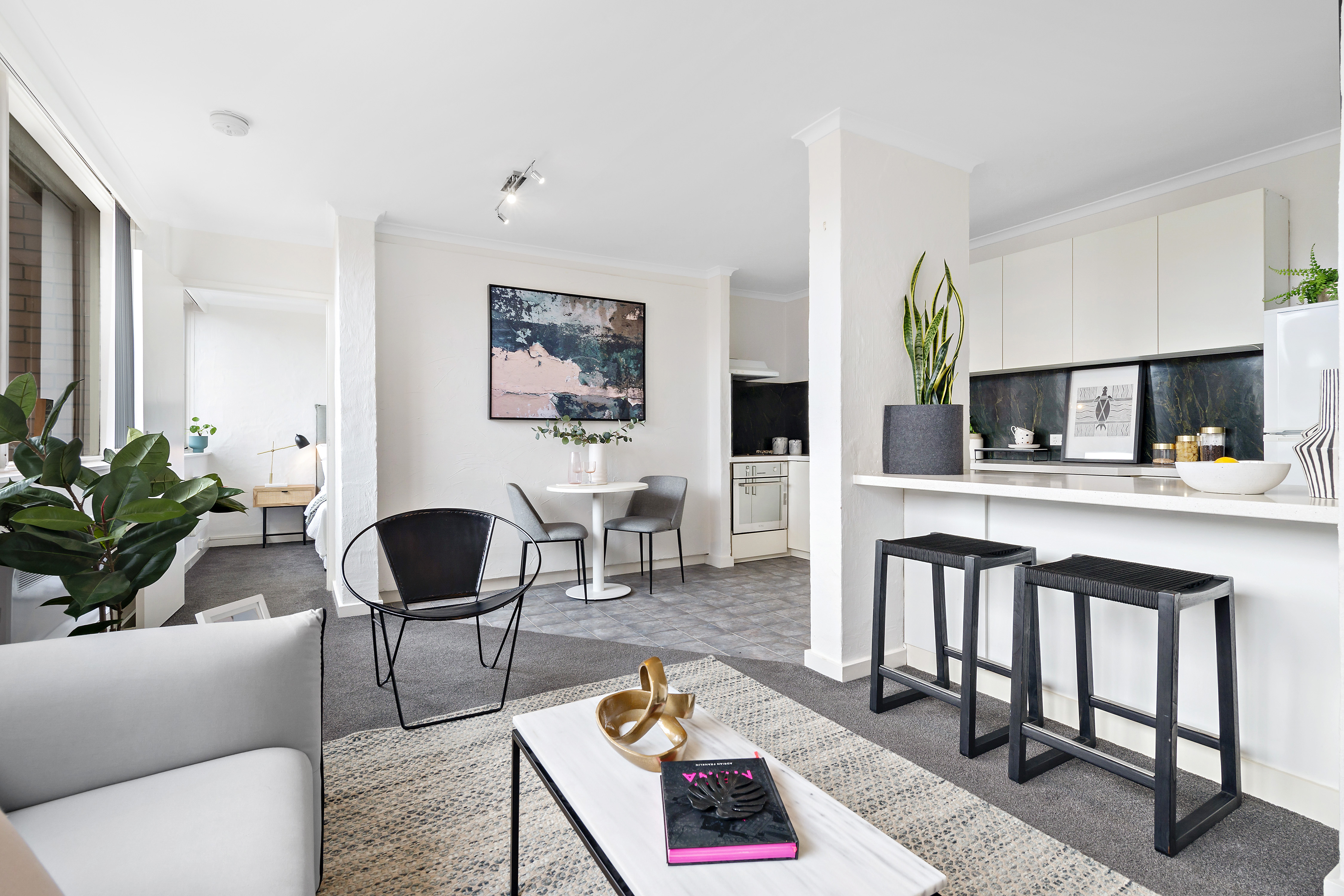 10-72-patterson-street-middle-park-student-accommodation-Melbourne-Living-Area-Unilodgers