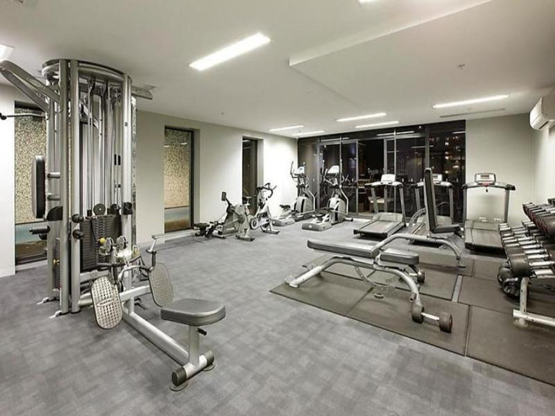 1803-283-city-road-southbank-student-accommodation-Melbourne-Gym-Unilodgers