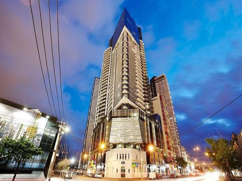 1803-283-city-road-southbank-student-accommodation-Melbourne-Exterior-Unilodgers