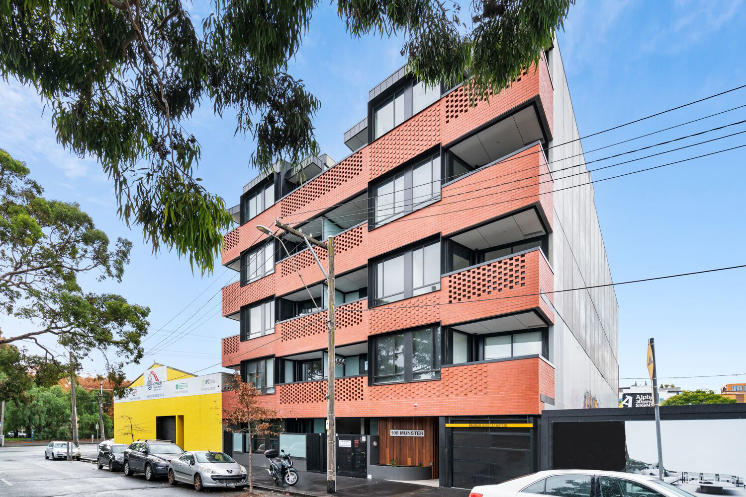 206-108-munster-terrace-north-melbourne-student-accommodation-Melbourne-Exterior-Unilodgers