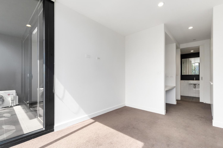 606-97-flemington-road-north-melbourne-student-accommodation-Melbourne-Bedroom-Unilodgers