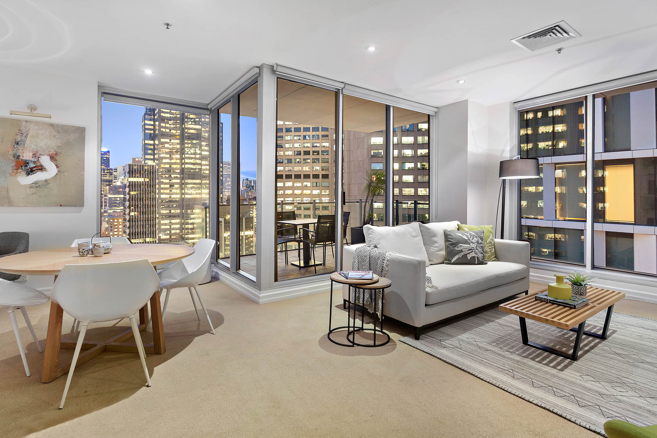 1804-31-spring-street-melbourne-student-accommodation-Melbourne-Living-Area-2-Unilodgers