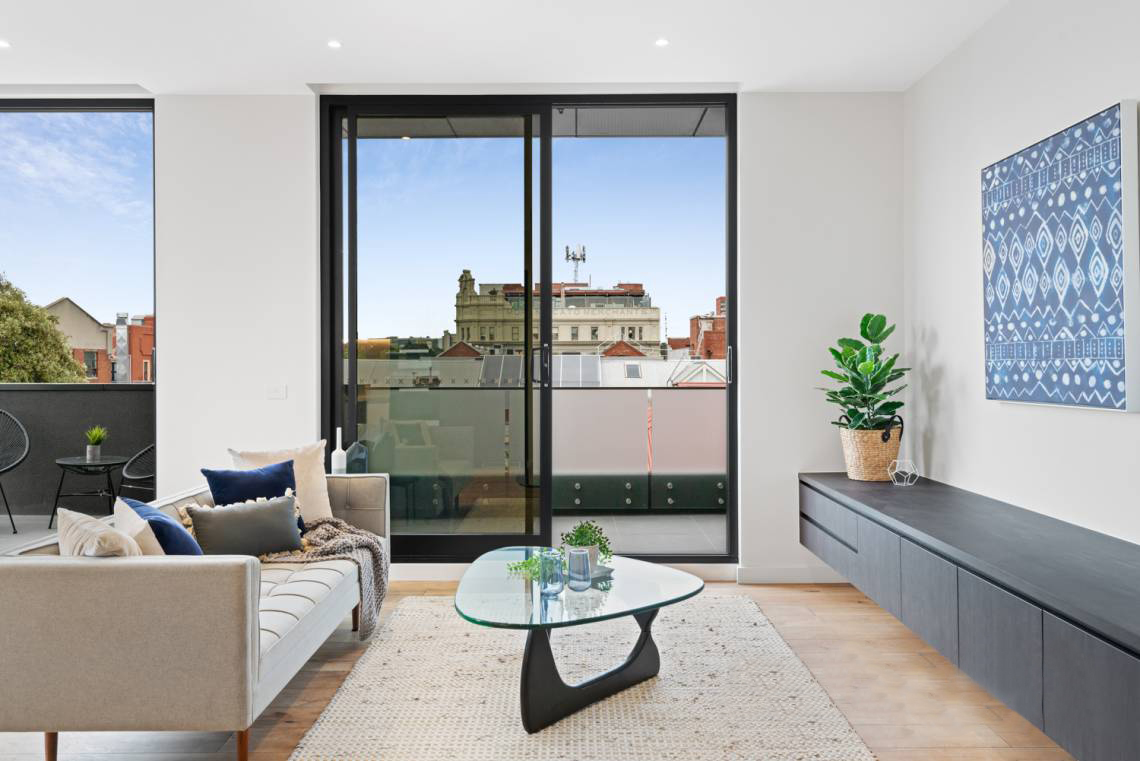 401-142-johnston-street-fitzroy-student-accommodation-Melbourne-Living-Area-Unilodgers