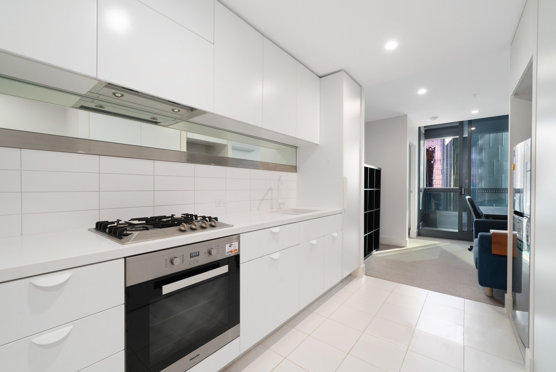 3609-500-elizabeth-street-melbourne-student-accommodation-Melbourne-Kitchen-Unilodgers