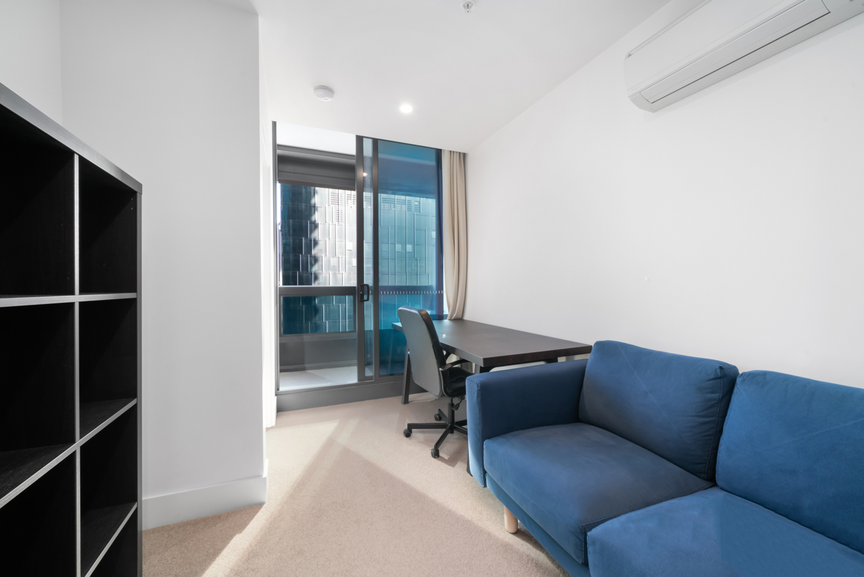 3609-500-elizabeth-street-melbourne-student-accommodation-Melbourne-Living-Area-Unilodgers