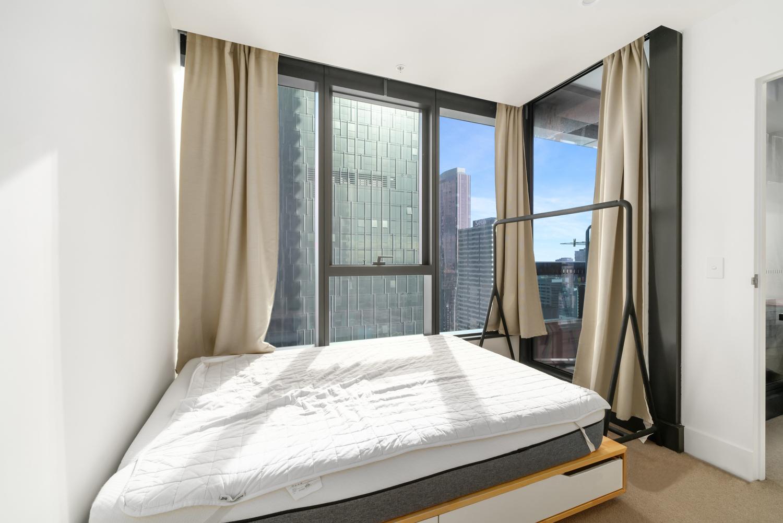 3609-500-elizabeth-street-melbourne-student-accommodation-Melbourne-Bedroom-Unilodgers