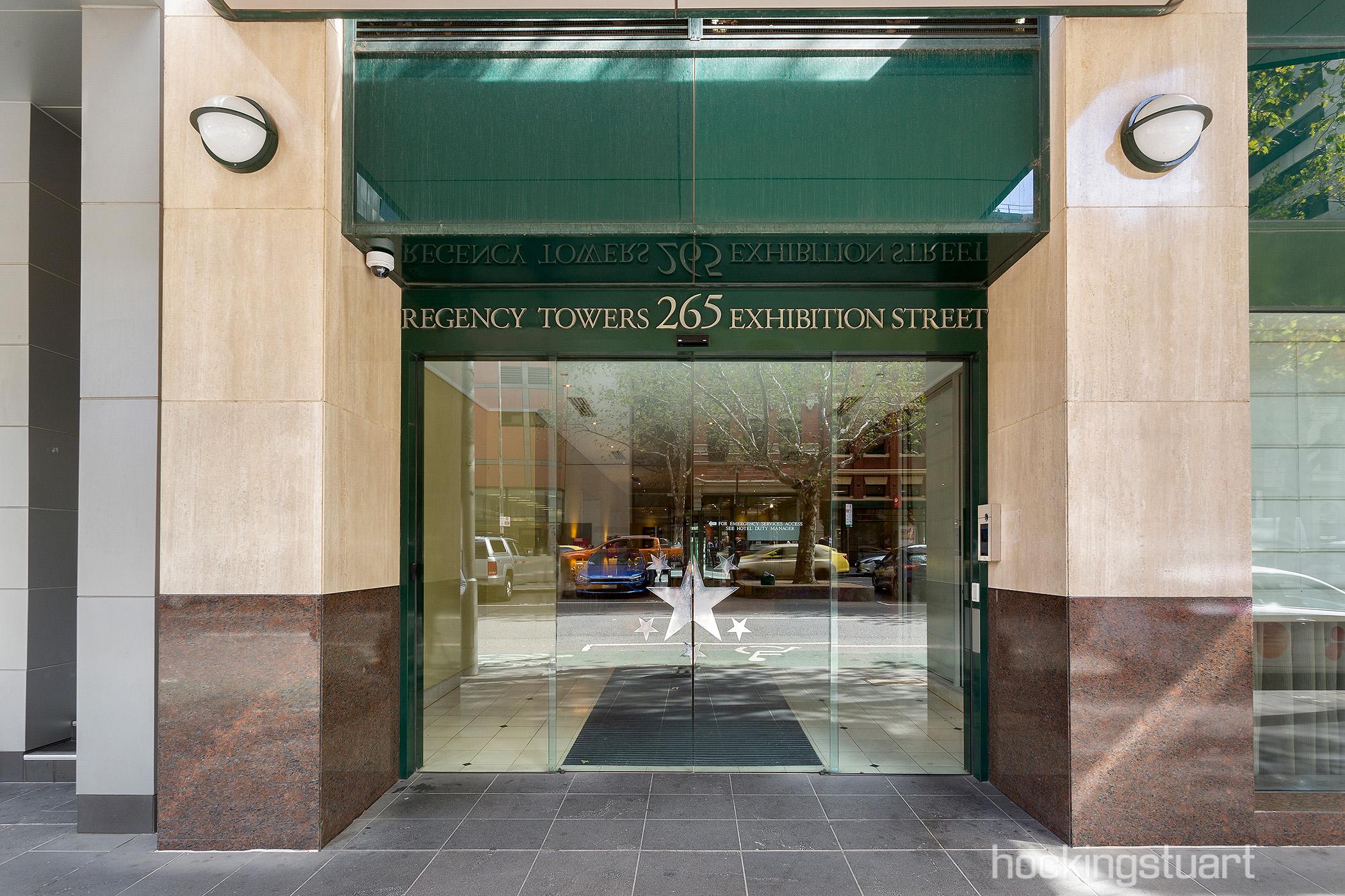 1708-265-exhibition-street-melbourne-student-accommodation-Melbourne-Unilodgers