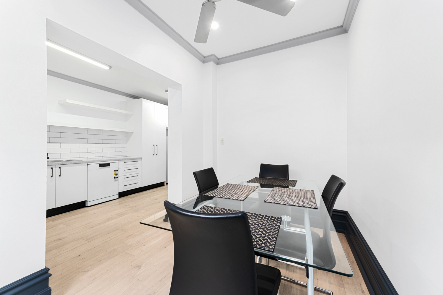 143-peel-street-north-melbourne-student-accommodation-Melbourne-Living-Area-Unilodgers